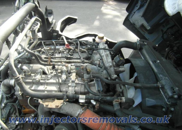 Injector removal from Mitsubishi Canter with 3.0