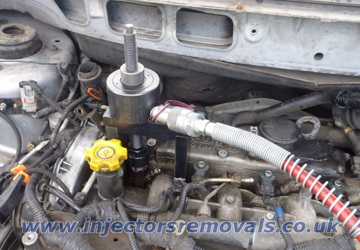 Injector removal from Chrysler with 2.5 and 2.8