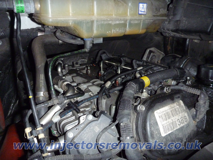 Injector removal from Iveco Daily 3.0 Euro 5