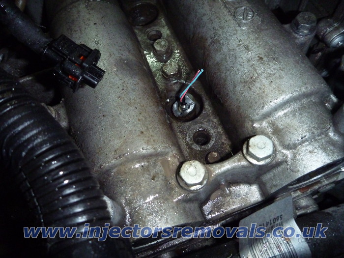 Snapped injector removed from Fiat Ducato with