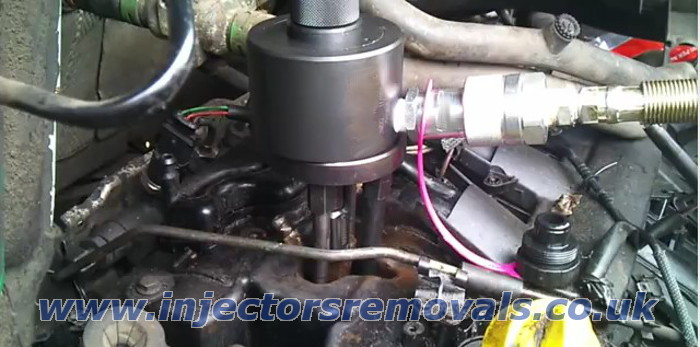 Injector removal from Renault Master / Opel