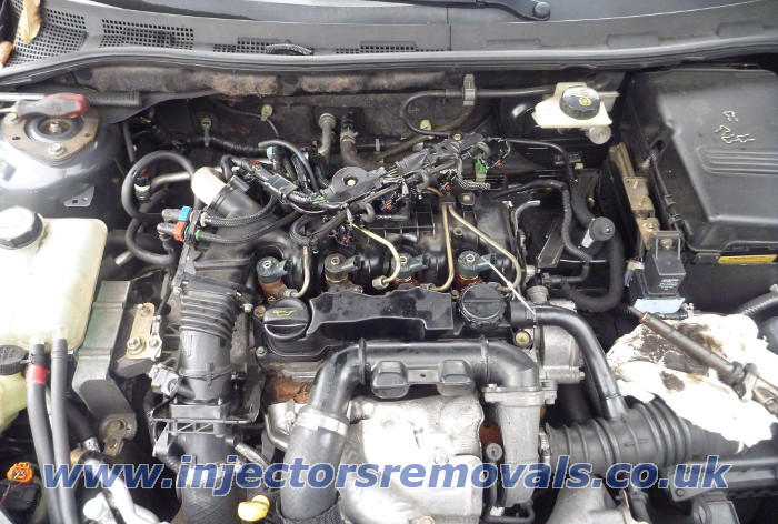 Injectors removal from Mazda 3 with 1,6 CITD