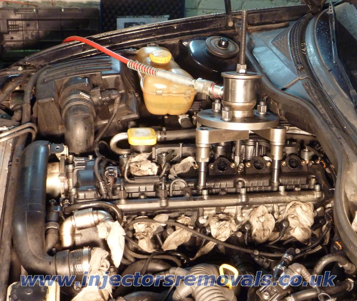 Injector removal from Vauxhall Omega 2.5 dti /