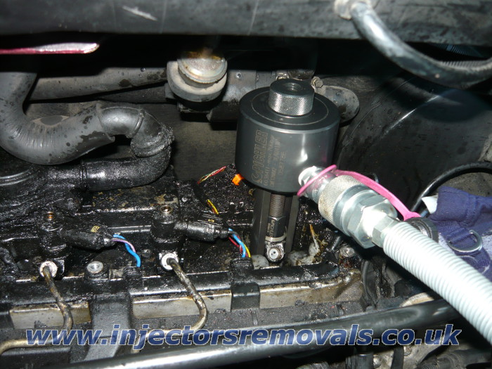 Injector removal from Mercedes Vito with CDI